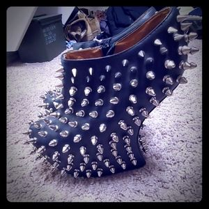 Jeffrey campbell spiked booties